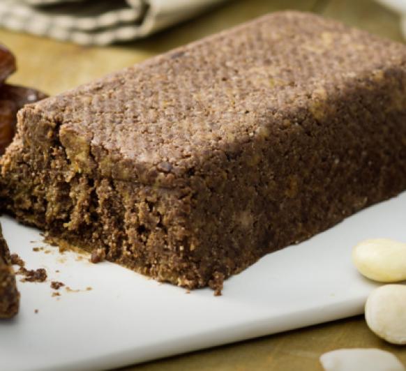 Como preparar con Thermomix® un Brownie crudivegano-Rawnie-, chocolate, almendras y dátiles. Muy fácil de hacer.