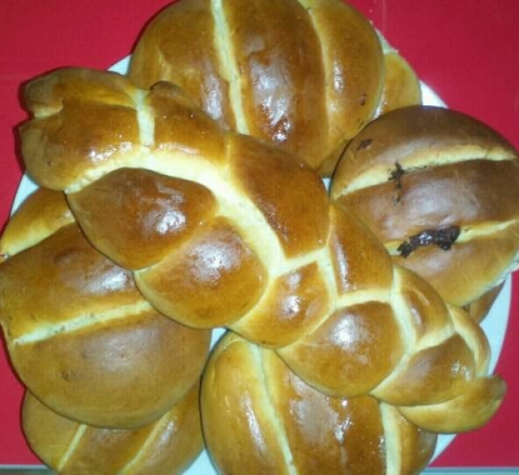 Pan de Leche relleno de Chocolate