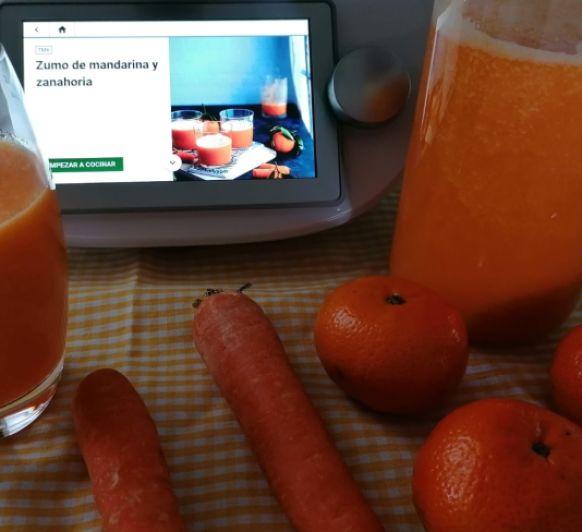 Zumo de mandarina y zanahoria
