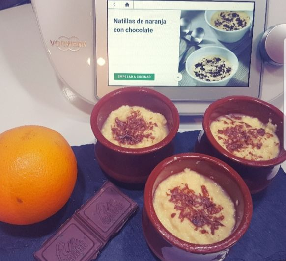 Natillas de naranja con chocolate