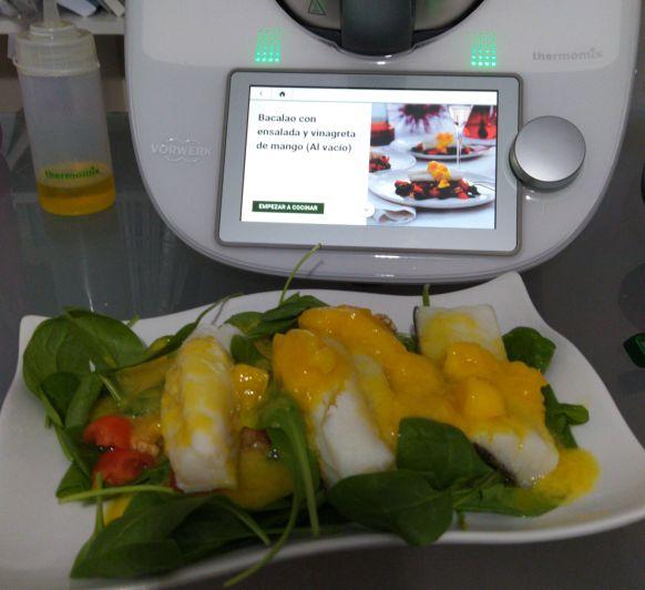 Taller Bacalao con ensalada y vinagreta de mango ( al vacío)