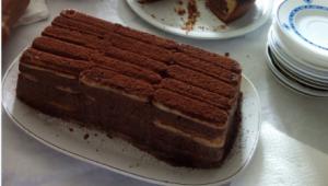 PASTEL DE MOUSSE DE CHOCOLATE CON COCO